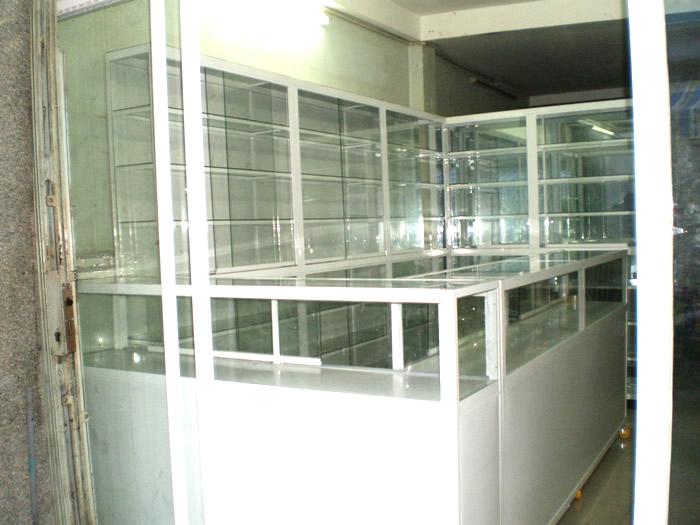 Tủ thuốc nhôm kính